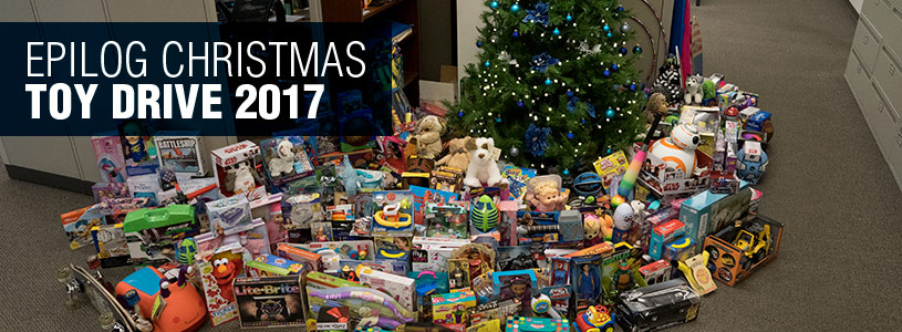 2017 toy drive main tree