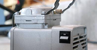 luchtcompressor voor de functie air assist om schoon te snijden