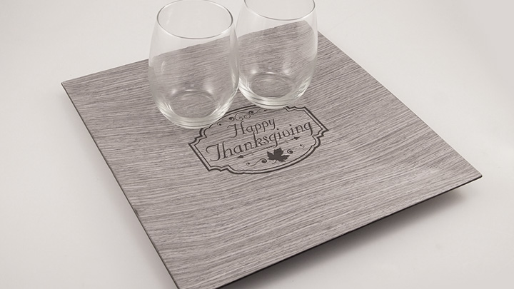 Vanity set engraved with a laser