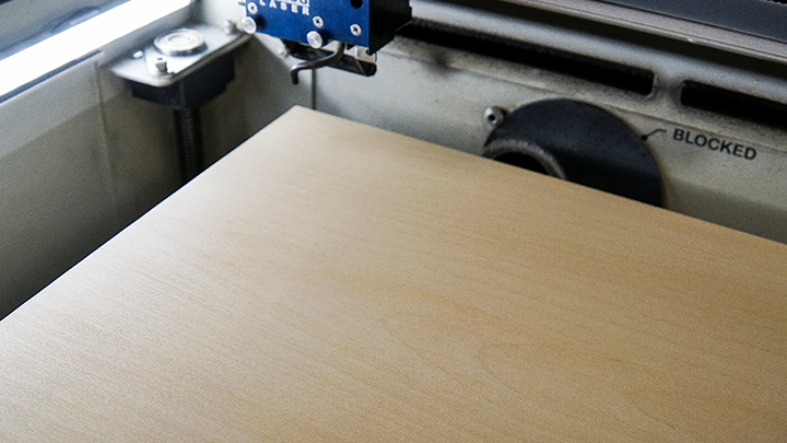end table placed in the laser system